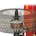 Demontáž a montáž pneu na stroji Korghi Master